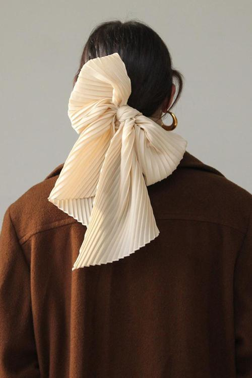 Solid Pleated Scarf