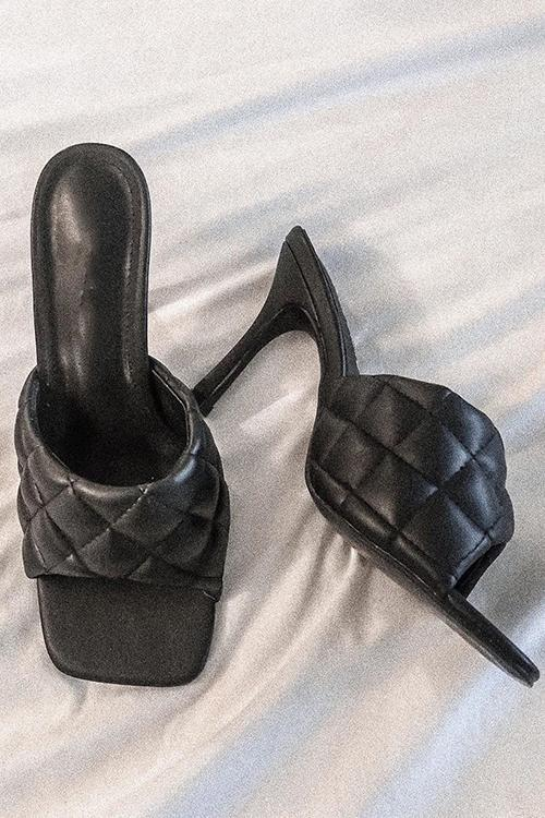 Rhomboids High Heel Sandals