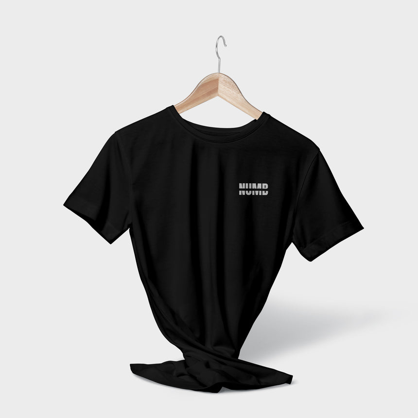TEE • NOT NUMB • BLACK