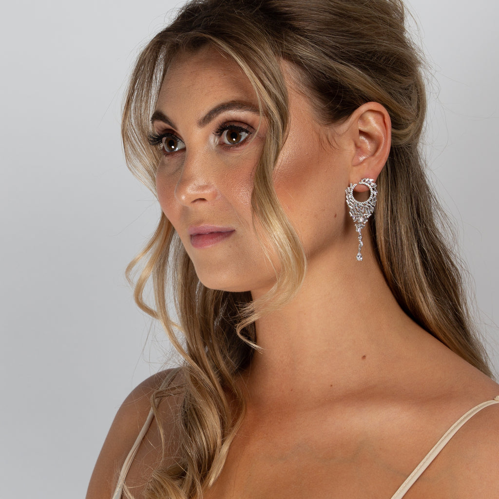 KATIE EARRINGS WHITE - thekingcreative event and bridal jewellery
