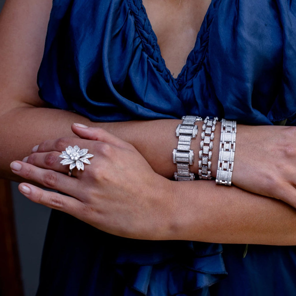 ELIZABETH BRACELET WHITE - thekingcreative event and bridal jewellery