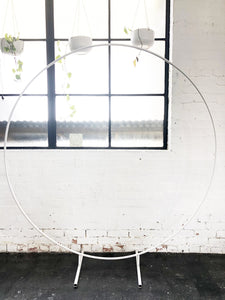 Circular Single Ring White - The Setup