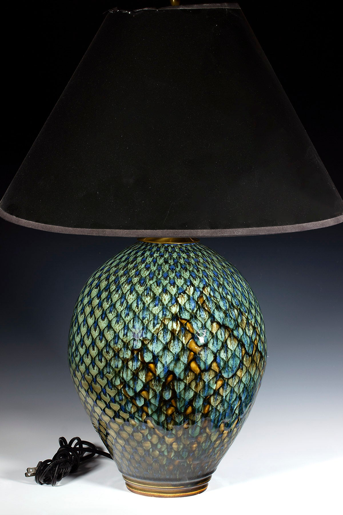"Diamond Lamp 12.5"" X 9"" X 9"" to 25"" with shade (not included)"