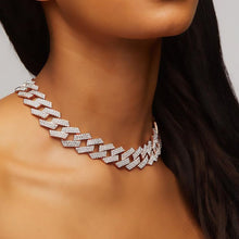 Load image into Gallery viewer, Icy Bae Necklace