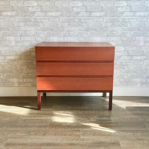 Reff 3-drawer dresser from VHB's collection.
