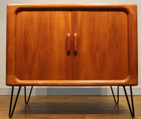 Dyrlund Media Cabinet on Hairpin Legs. Image from Vintage Retro UK.