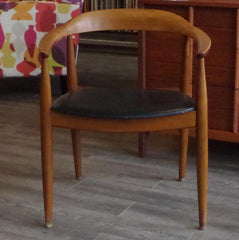 Wegner Round Chair at Vintage Home Boutique, Front View