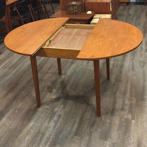Mid-Century Modern Compact Round Teak Dining Table with Butterfly Leaf - Vintage Home Boutique - 3