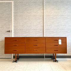 Beautiful Mid-Century Modern Teak 9 Drawer Dresser