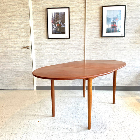 Compact Danish Modern Oval Teak Extending Dining Table By Soborg Mobler