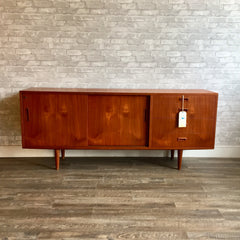 Compact Early Danish Mid-Century Teak Sideboard By Poul Hundevad