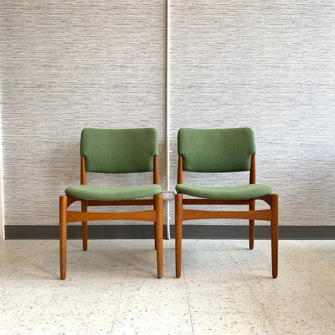 Danish Modern Teak And Oak Dining Chairs With New Upholstery