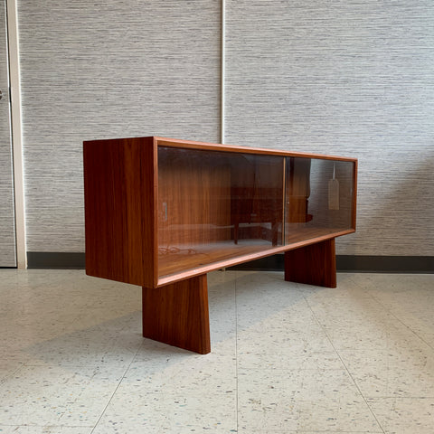 Danish Modern Teak Low Bookcase Or Media Cabinet With Finished Back