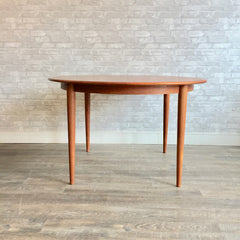 Danish Mid Century Teak Extending Round Dining Table By Kai Kristiansen