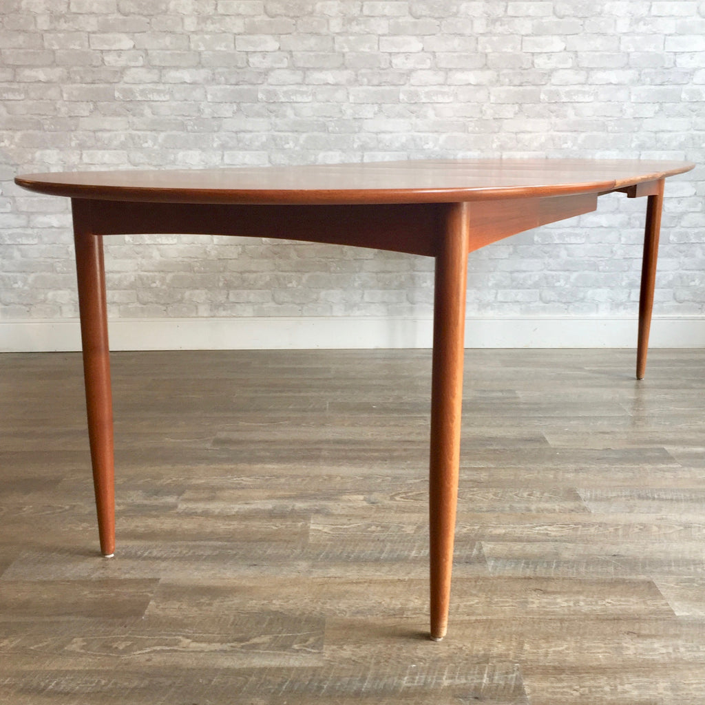 Danish Modern Oval Teak Dining Table With Leaves By Soro Stolefabrik - Teak dining table with leaf