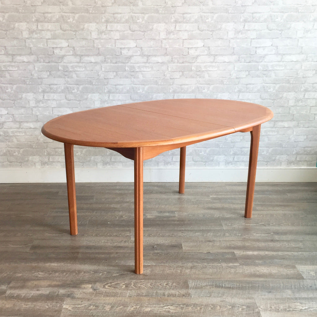 Danish Modern Oval Teak Dining Table With Butterfly Leaf - Danish modern dining table with leaves