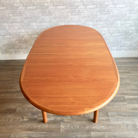 Danish Modern Oval Teak Dining Table With Butterfly Leaf