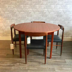 Danish Modern Round Teak Dining Table With Butterfly Leaf