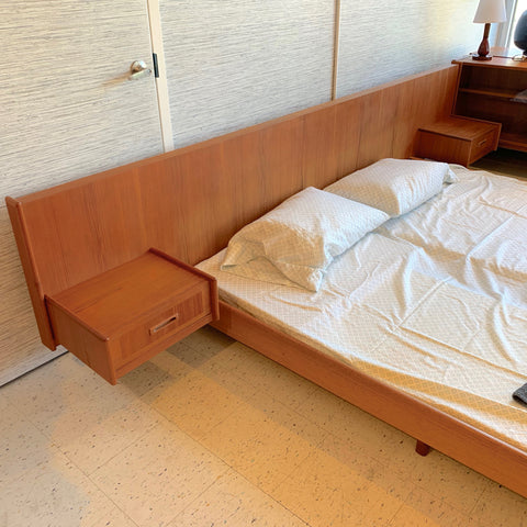 Elegant King Size Mid-Century Teak Bed Frame With Floating Side Tables
