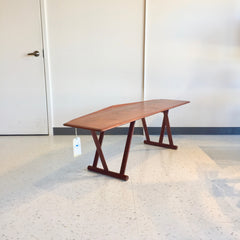 Elegant Danish Mid-Century Teak Coffee Table By Mogens Kold