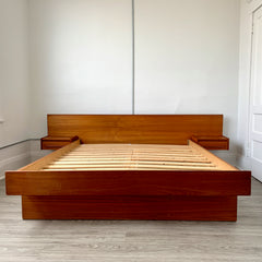 Gorgeous Mid-Century Teak Queen Bed Frame With Floating Side Tables