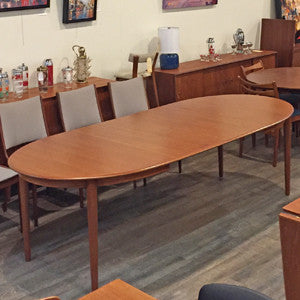 Mid Century Danish Teak Extending Oval Dining Table - Vintage Home Boutique - 3