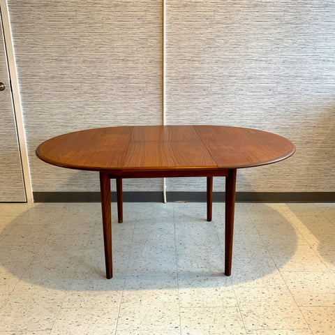 Mid-Century Modern Compact Teak Round Butterfly Leaf Dining Table