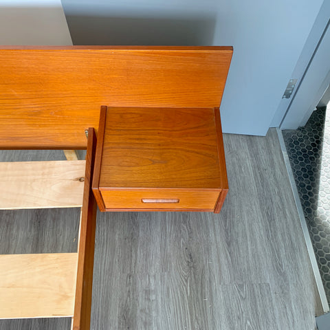 Mid-Century Modern Queen Sized Bed Frame with Floating Side Tables In Teak