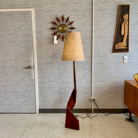 Mid-Century Modern Teak Zig Zag Floor Lamp With Original Shade
