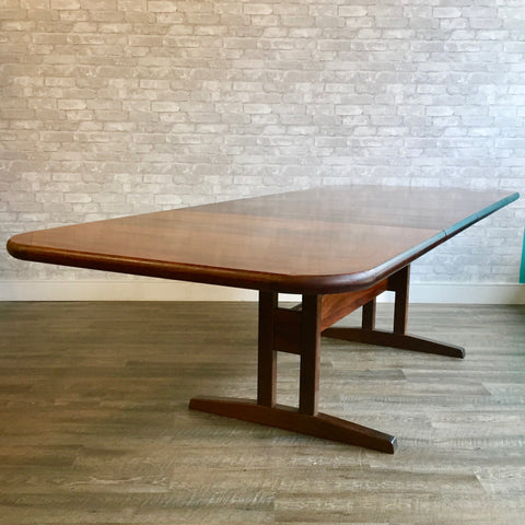 Mid-Century Danish Rosewood Trestle Extending Dining Table By Skovby