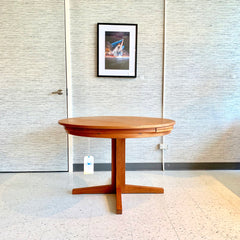 Mid-Century Round Lotus Or Flip Flap Teak Dining Table By Dyrlund
