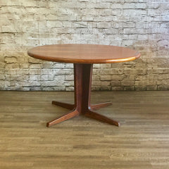 Mid Century Danish Round Extending Rosewood Dining Table By BPS