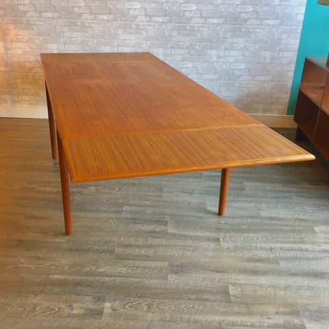 Mid Century Extending Teak Dining Table By Niels Moller