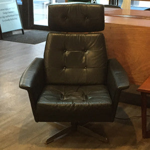 Pair of Eames styled Black Leather Swivel Lounge Chairs - Vintage Home Boutique - 7