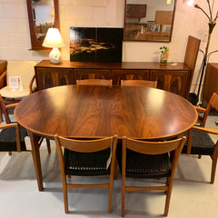 Mid-Century Round Danish Rosewood Extending Dining Table By Gudme