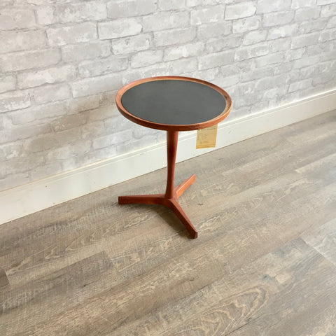 Danish Mid Century Round Side Teak Table By Hans Andersen