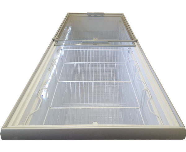 "Metalfrio 70"" Commercial Glass Top Novelty Ice Cream Freezer Chest MSF70"