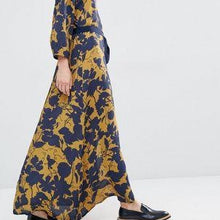 Load image into Gallery viewer, Gestuz maxi dress XS