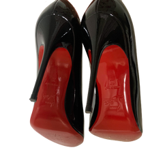 Load image into Gallery viewer, Louboutin pumps 38