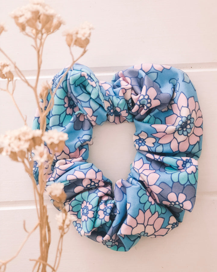 Salté Scrunchie ~ Blue Bell