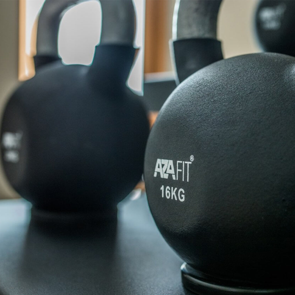 Rubber Coated Kettlebell, cast iron kettlebell, Buy Kettlebell in uk, gym equipment, gym at home equipment, cast iron kettlebell, KB uk, azafit kettlebell.