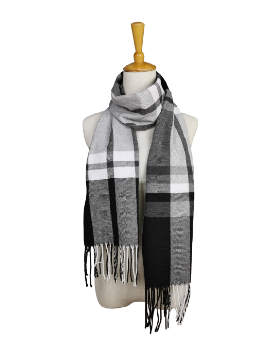 London Berry Plaid Scarf in Black/Grey