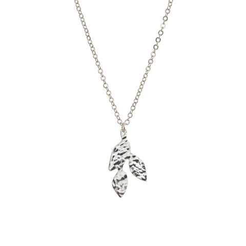 Plated meadow small leaf pendant