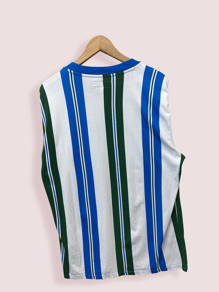 XS GUESS GREEN AND BLUE STRIPE SPELLOUT TEE - DURT