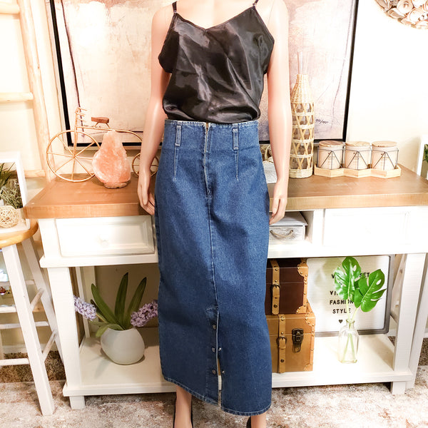 Vintage Denim Skirt: Size 6