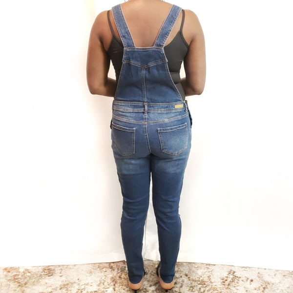 Young Contemporary Denim: Size 9