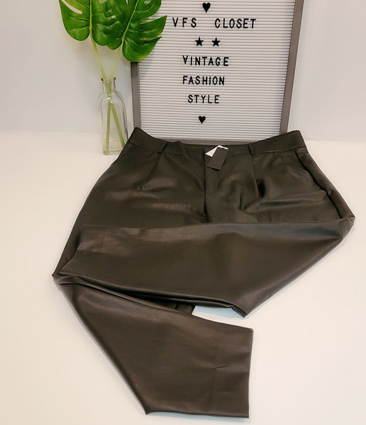 High-rise Tapered Leather Pant