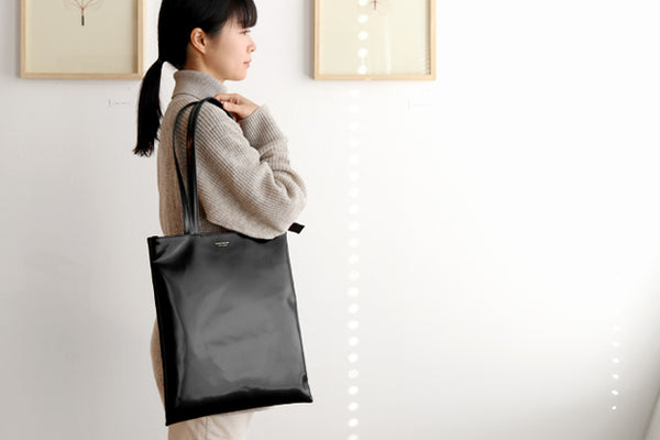 BANK Zipper Tote L