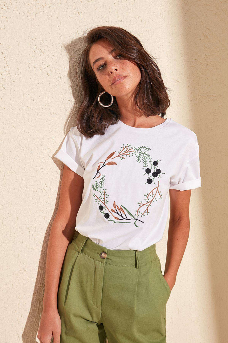 Women's Summer Basic Cotton Casual T-Shirt White Embroidered Knitted Streetwear tops Women Basic Casual tShirt Trendyol Women's Store