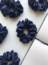Load image into Gallery viewer, Curlssential Silk Scrunchies